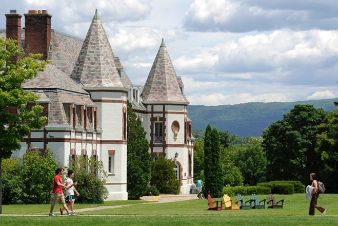 Middlebury College (VT)
